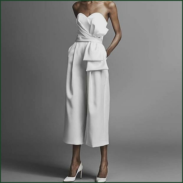 Chic All White Jumpsuit Outfit Idea