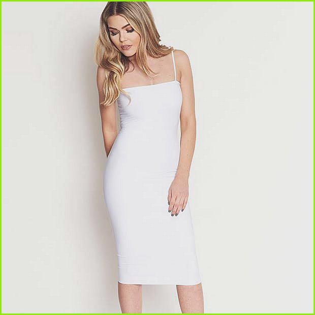 Simple and Elegant White Dress Outfit Idea