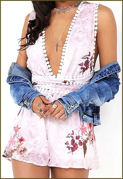 Floral Playsuit Summer Outfit Idea