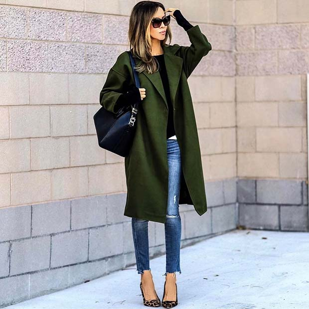 Stylish Green Coat and Jeans for Cute Outfits to Copy This Winter