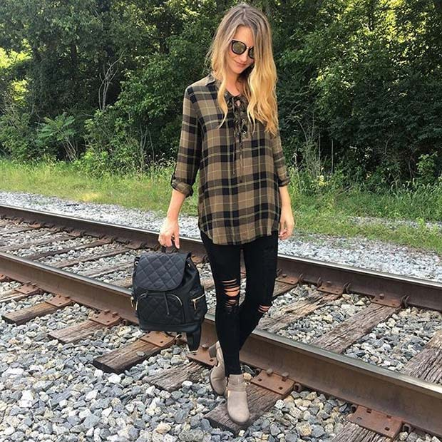 Plaid Shirt and Jeans for Cute Fall 2017 Outfit Ideas