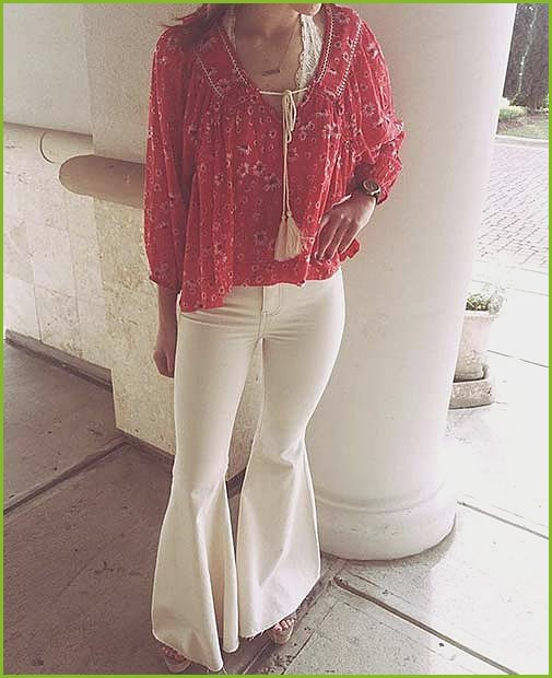 White Flared Jeans for Spring 2017 Women's Outfit Idea