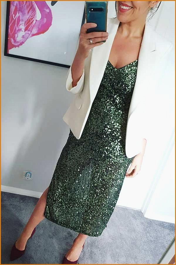 Green Sequin Dress Outfit Idea