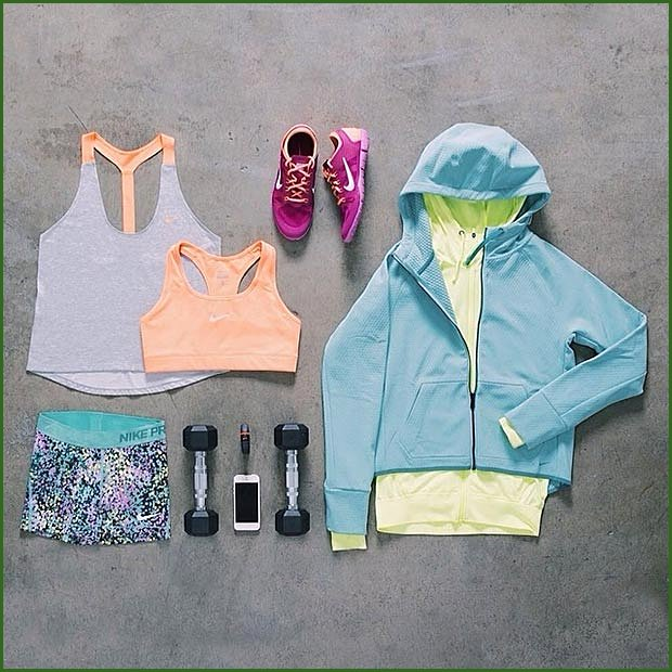 Colorful Nike Workout Outfit for Women