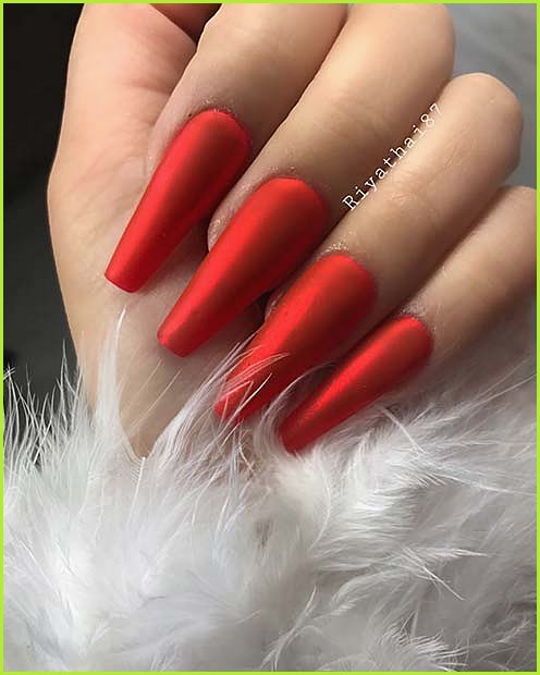 Stylish Red Coffin Nails