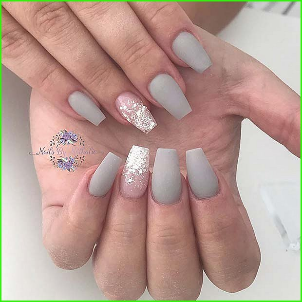 Matte Grey Nails with Glitter Ombre