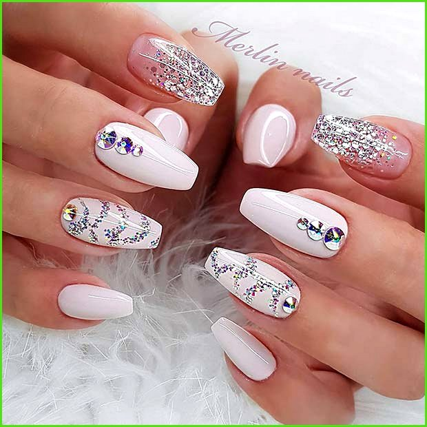 Glitzy Nails with Glitter Nail Art