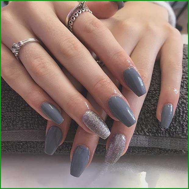 Trendy Nail Color with a Glitter Accent Nail