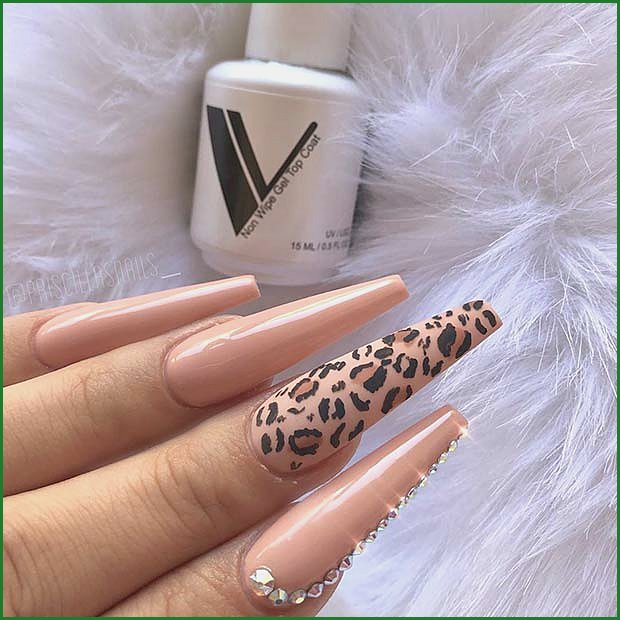 Long Nude Coffin Nails