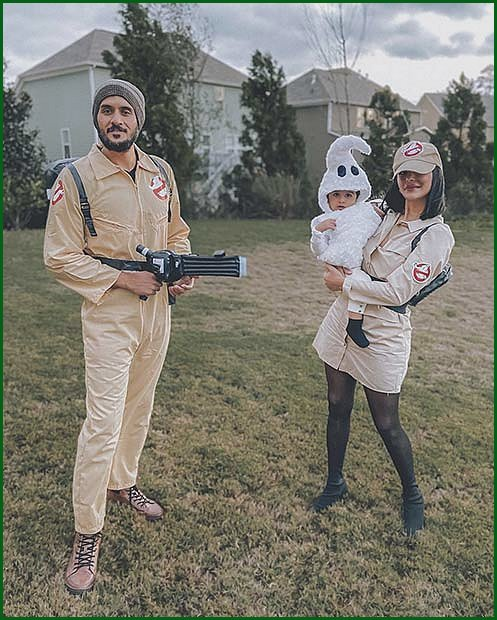 Ghostbuster Family Costumes for Halloween
