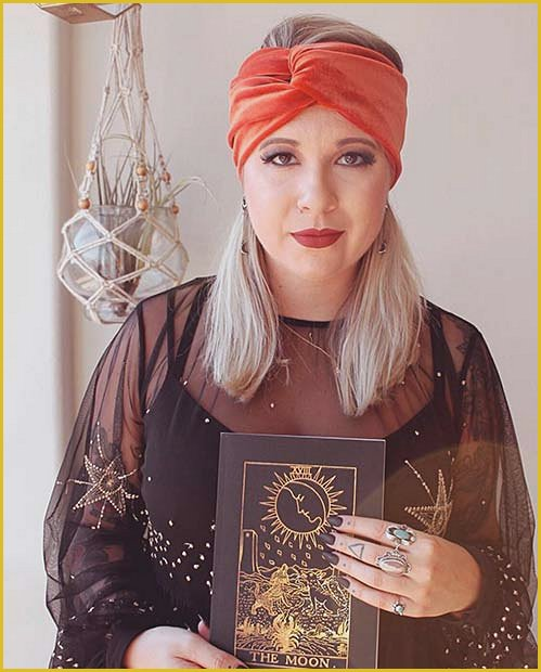 Pretty and Easy to Wear Gypsy Costume