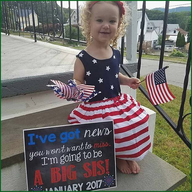 4th of July Sister Announcement