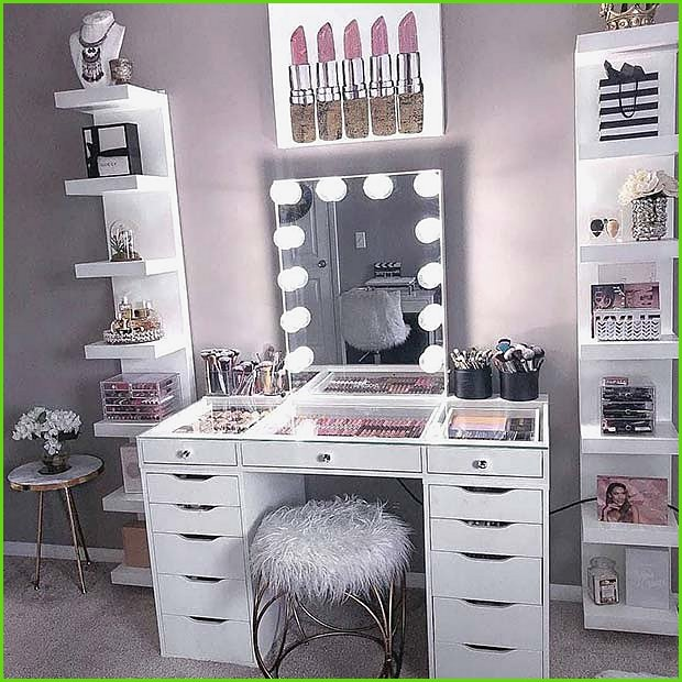 Large Vanity Table And Makeup Organizers