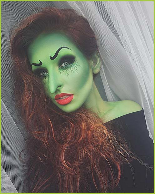 Classic Halloween Witch Makeup