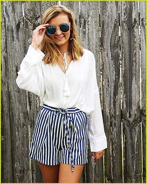 Striped Shorts Outfit Idea for Summer